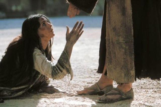 mujer-a-los-pies-jesus
