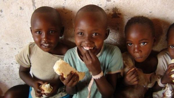 Los niños centraron buena parte de su misión en Burundi